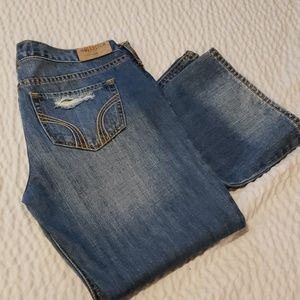 Hollister jeans 7Long w28 L35 distressed like new